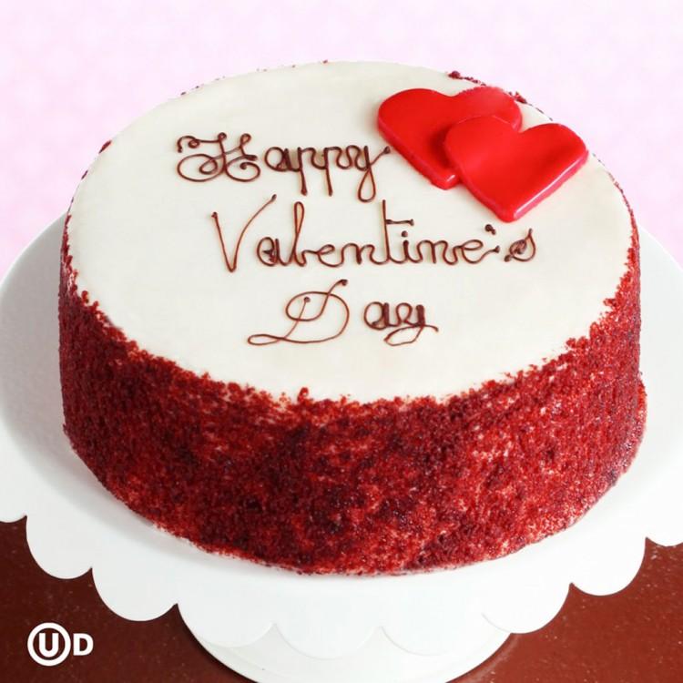 Red Velvet Happy Valentines Day Cake Picture in Valentine Cakes