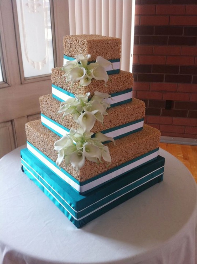 Rice Krispie Wedding Cake Decoration Picture in Wedding Cake