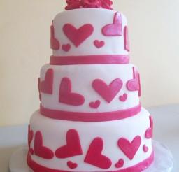 1024x1365px Romantic Valentine Wedding Cake Picture in Wedding Cake