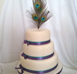 1024x1365px Round Peacock Wedding Cakes Picture in Wedding Cake