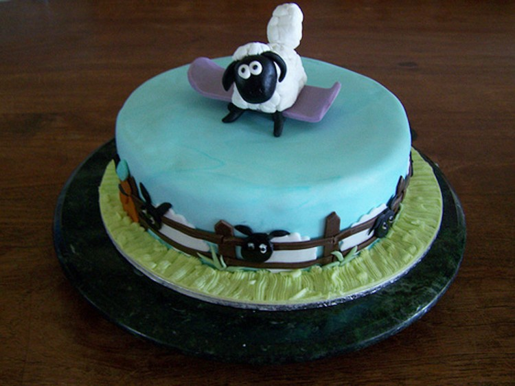 Shaun The Sheep Birthday Cake Ideas Picture in Birthday Cake