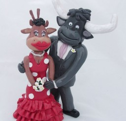 1024x1209px Spanish Cow Wedding Cake Toppers Picture in Wedding Cake