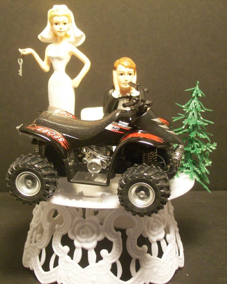 Sporty ATV Wedding Cake Topper Picture in Wedding Cake