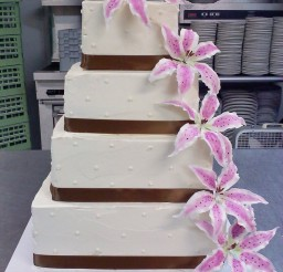 1024x1365px Square Stargazer Lily Wedding Cakes Picture in Wedding Cake