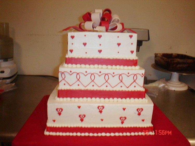 Square Valentines Wedding Cake Picture in Wedding Cake