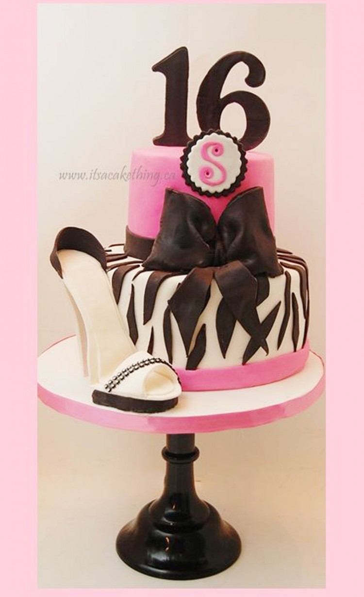 Stiletto Sweet 16 Birthday Cakes Picture in Birthday Cake