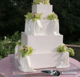 1024x1536px Sugaree Baking Saint Louis Wedding Cake Picture in Wedding Cake