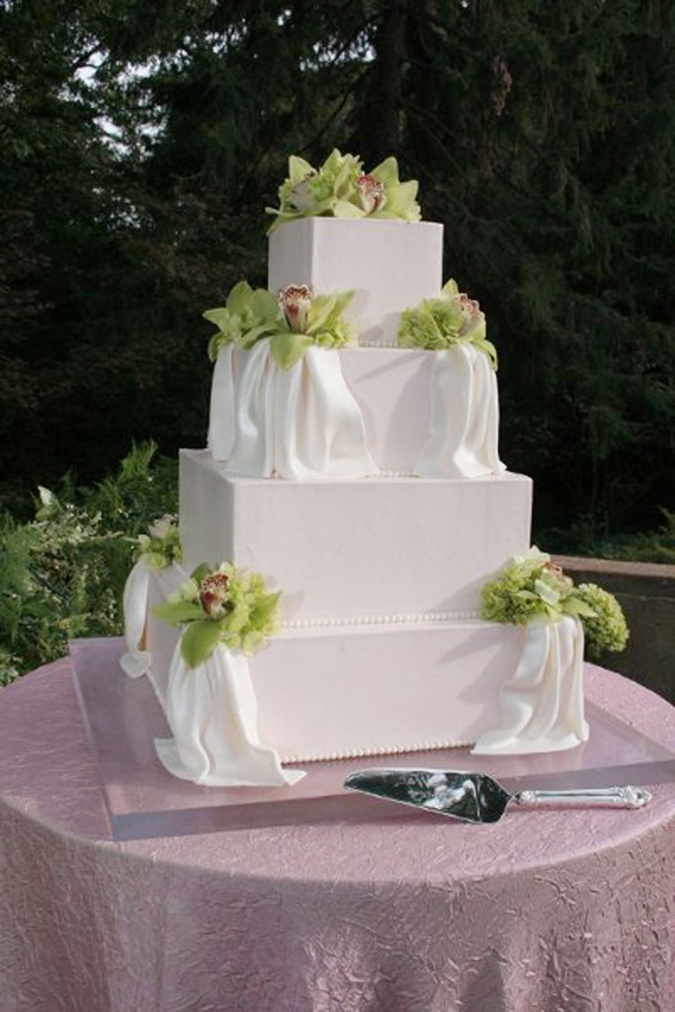 Sugaree Baking Saint Louis Wedding Cake Picture in Wedding Cake