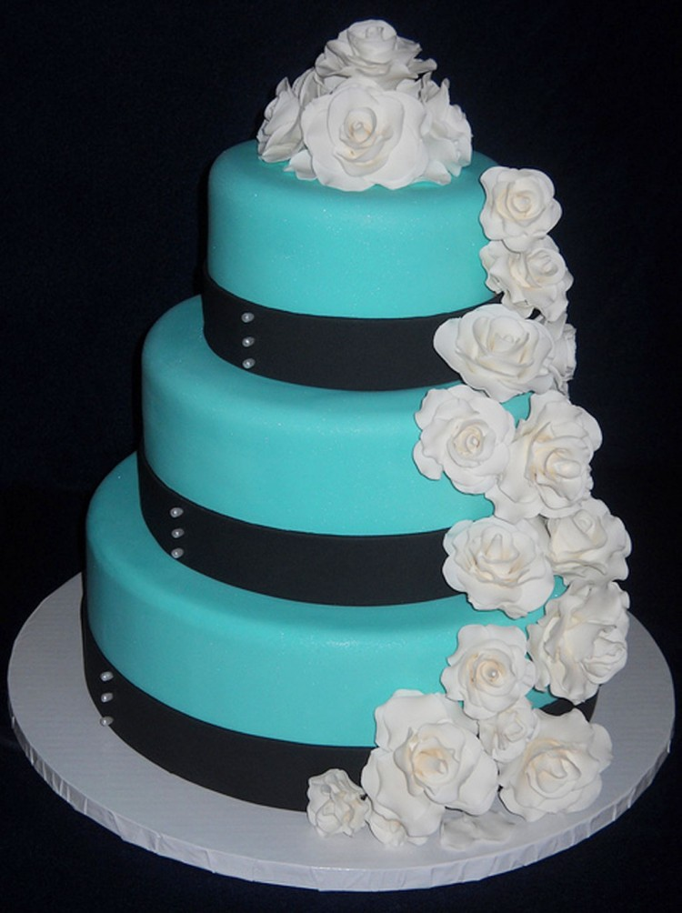 Tiffany Blue Wedding Cake Picture in Wedding Cake
