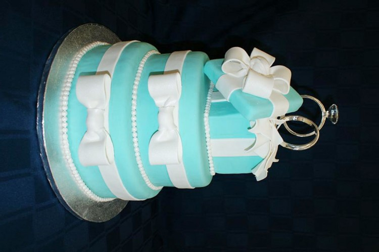 Tiffany Blue Decoration Wedding Cake Picture in Wedding Cake