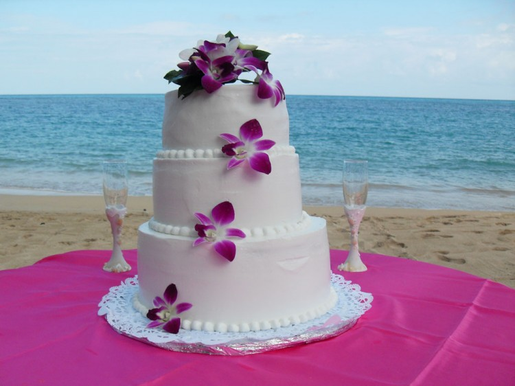 Tropical Weddings Jamaica Picture in Wedding Cake