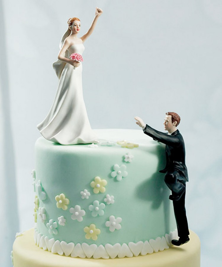 Unusual Wedding Cake Toppers Picture in Wedding Cake