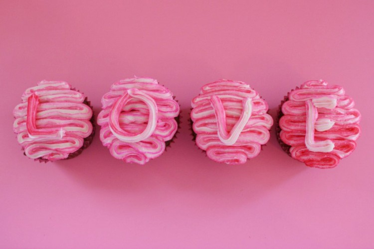 Valentine's Day Swirled Pink Cupcakes Picture in Valentine Cakes