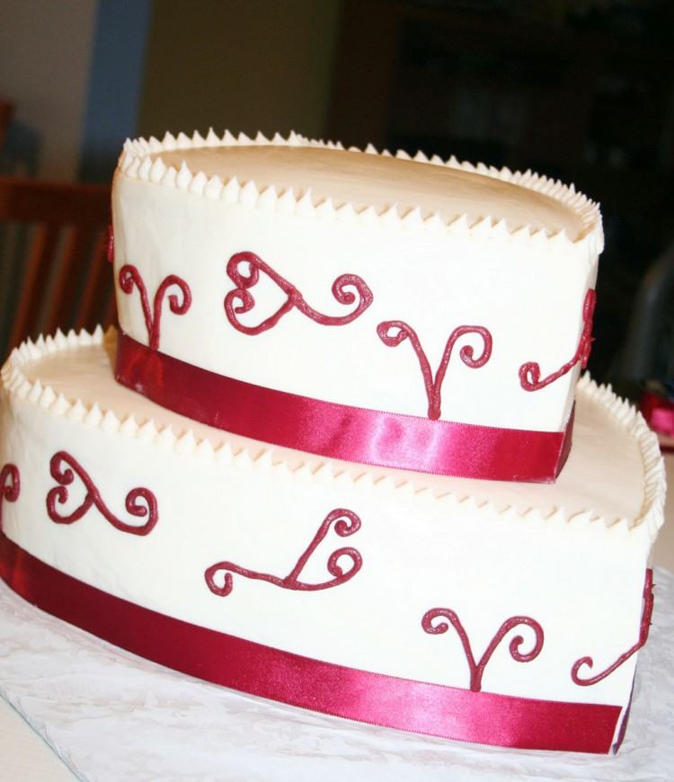 Valentine Hearts Wedding Cake Picture in Wedding Cake