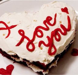 1024x734px Valentine Red Velvet Cake Photo Picture in Valentine Cakes