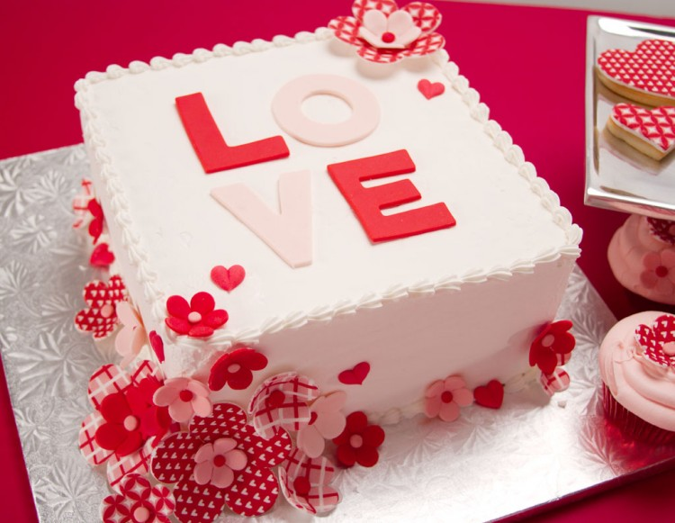 Valentines Day Cakes To Show Your Love Picture in Valentine Cakes