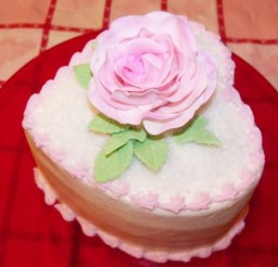 1024x1047px Valentines Heart Cake With Light Rose Topper Picture in Valentine Cakes