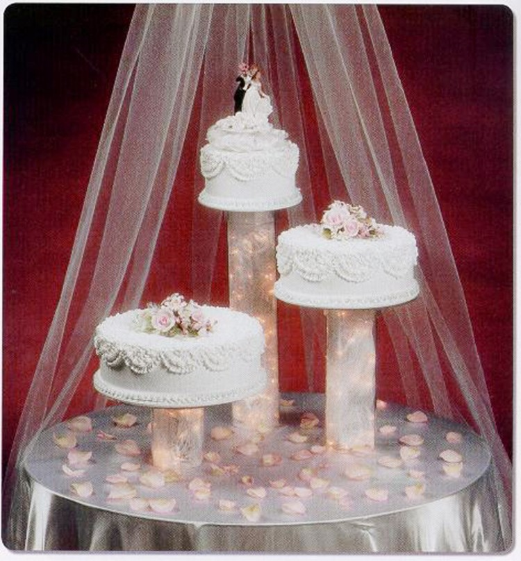 Wedding Cake Stands Picture in Wedding Cake