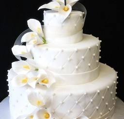 1024x1536px Wedding Cake With Calla Lilies Picture in Wedding Cake