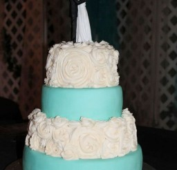 1024x1536px Wedding Cake With Strawberry Filling Picture in Wedding Cake