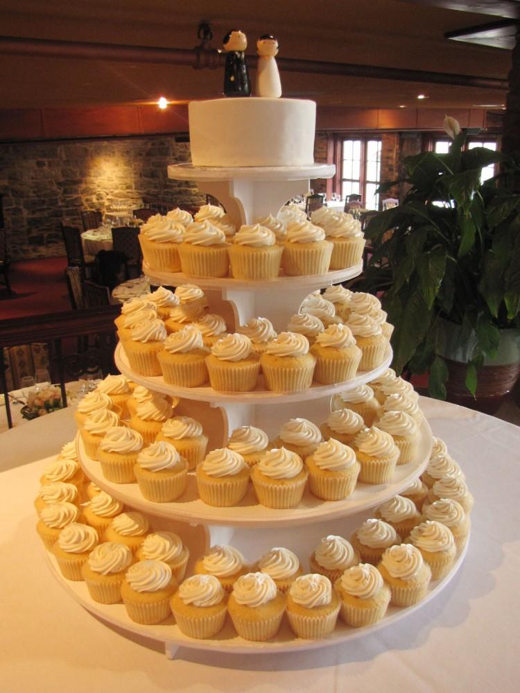 Wedding Cakes Glasgow Picture in Wedding Cake