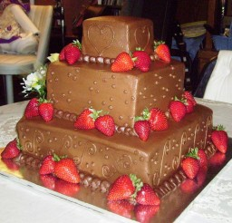 1024x925px Wedding Chocolate Strawberry Cake Picture in Wedding Cake