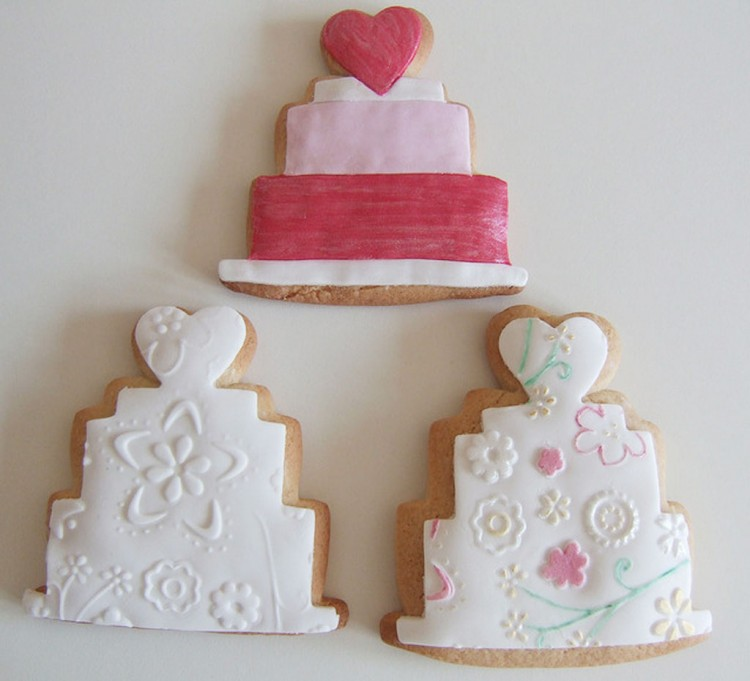 Wedding Cookie Cutters Picture in Wedding Cake