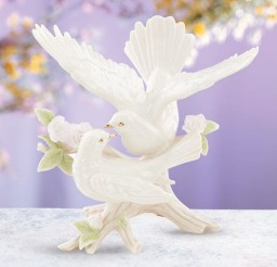 1024x1024px Wedding Doves Cake Topper Picture in Wedding Cake