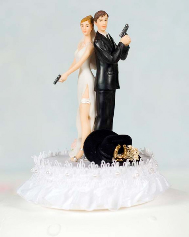 Western Cowboy Wedding Cake Topper Picture in Wedding Cake