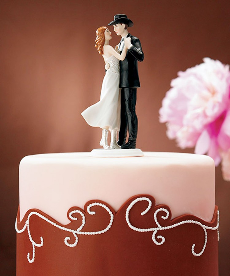 Western Wedding Cake Toppers Picture in Wedding Cake