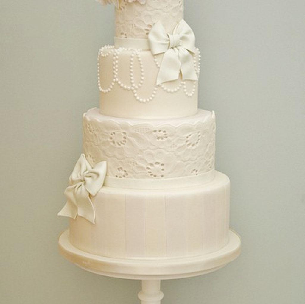Whimsical Wedding Cake Design 401×400 Wedding Cake Cake