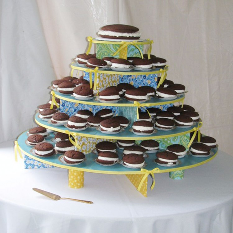 Whoopie Pie Wedding Picture in Wedding Cake