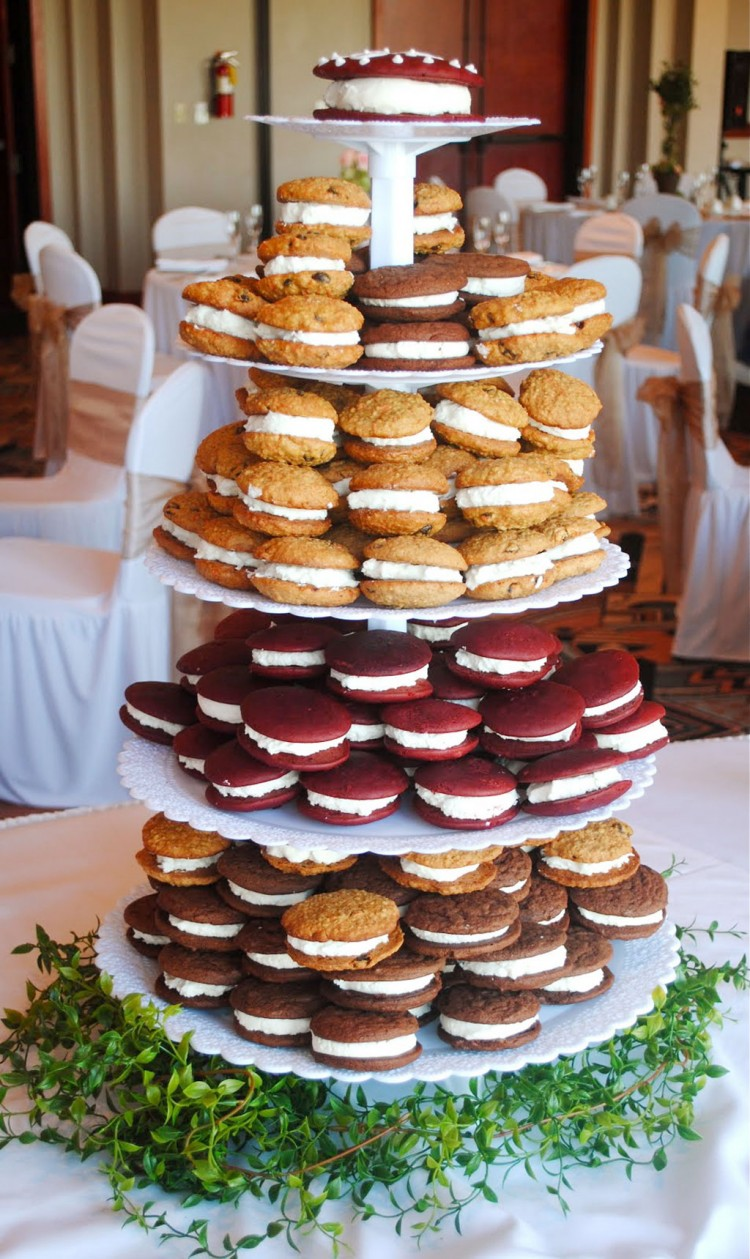 Whoopie Pie Wedding Cakes Picture in Wedding Cake