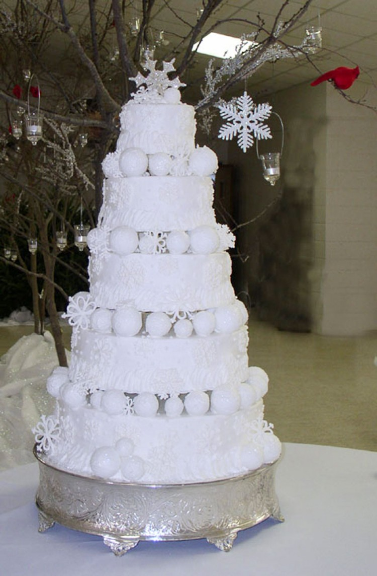Winter Themed Wedding Cakes Picture in Wedding Cake