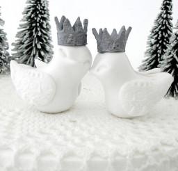 1024x1024px Winter Wedding White Love Birds Cake Topper Picture in Wedding Cake