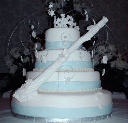 1024x1365px Winter Wonderland Wedding Cake Photo Picture in Wedding Cake