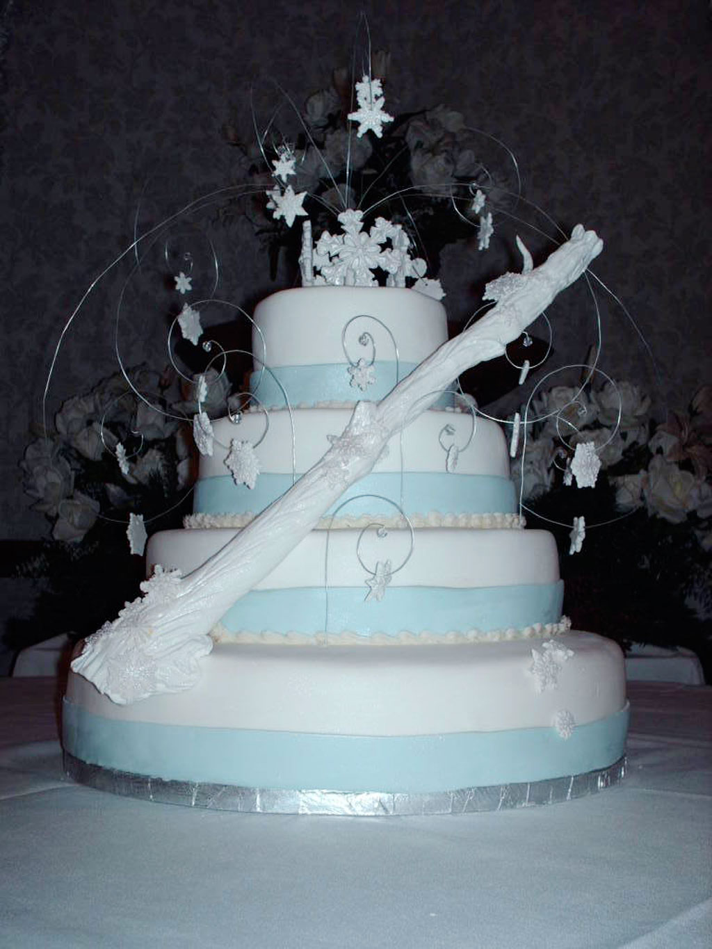 winter wonderland themed wedding cakes winter wedding cake photo wedding cake cake 27570