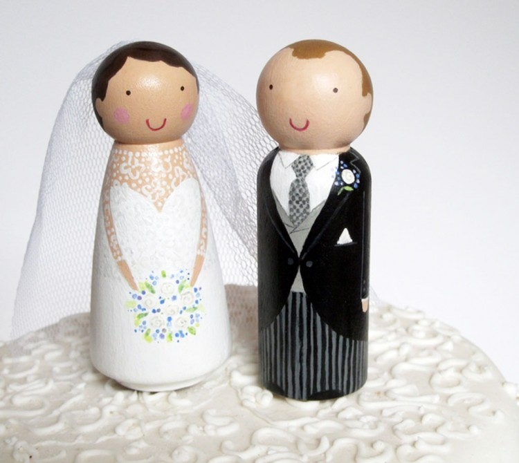 Wooden Wedding Cake Toppers 4 Picture in Wedding Cake