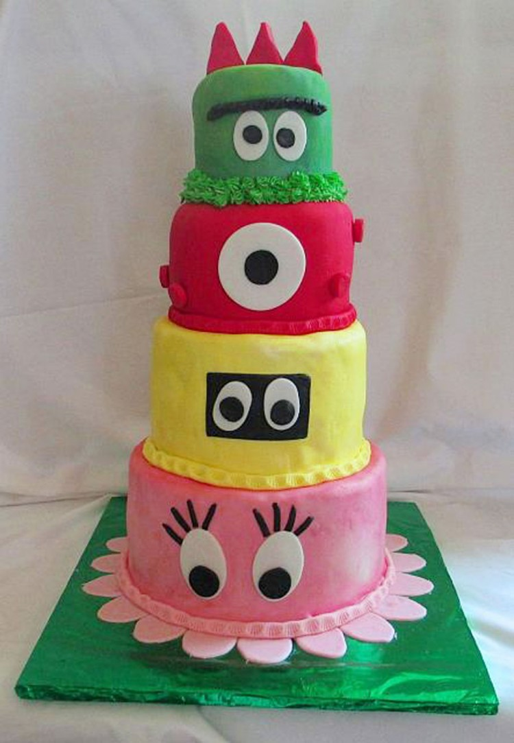 Yo Gabba Gabba Fondant Birthday Cake Picture in Birthday Cake