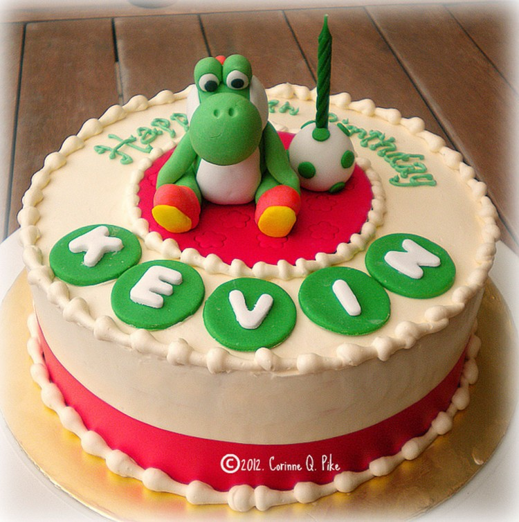 Yoshi Themed Birthday Cake Picture in Birthday Cake