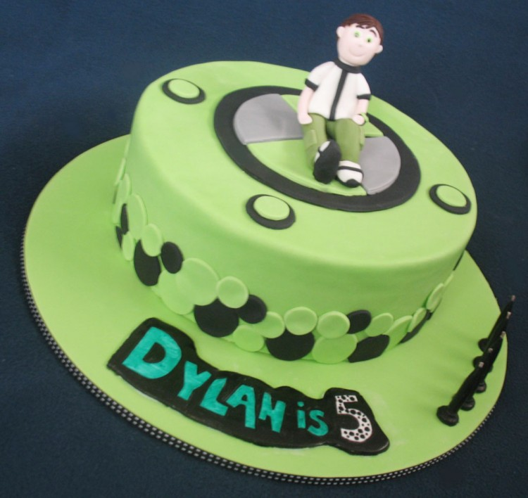 Ben 10 Birthday Cake Decorations Picture in Birthday Cake