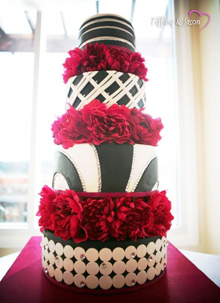 Black White Wedding Cake By Erie Pa Picture in Wedding Cake