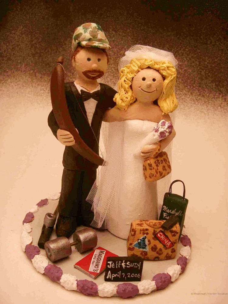 Bow Hunting Wedding Cake Toppers Picture in Wedding Cake