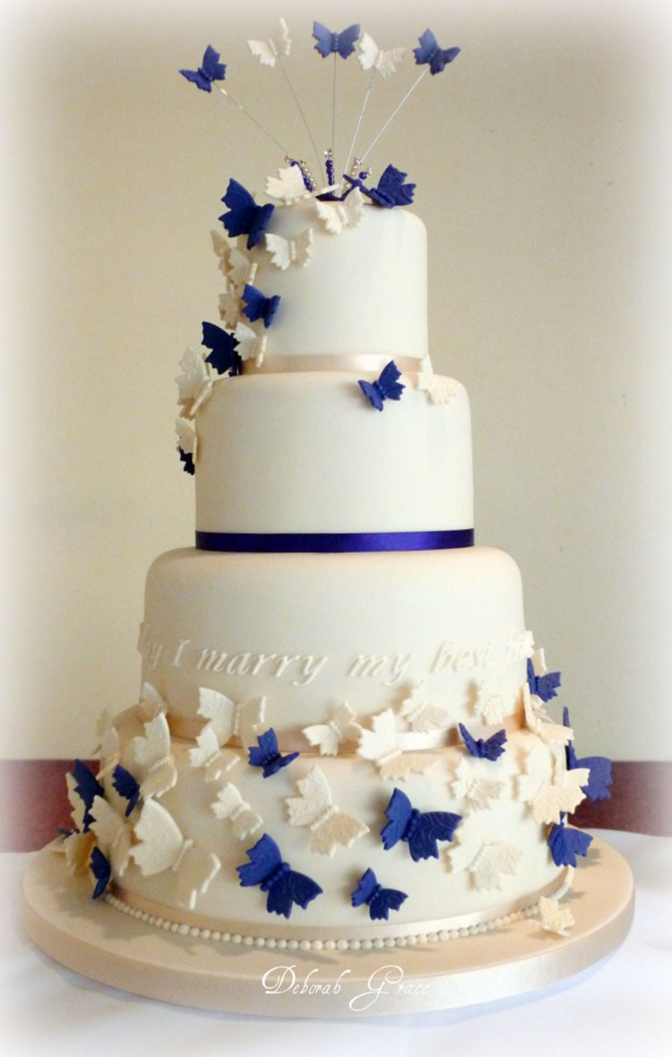Butterfly Wedding Cakes Decoration Picture in Wedding Cake