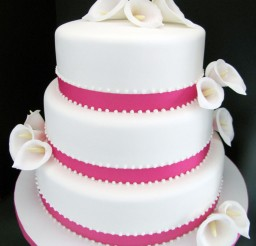 1024x1365px Calla Lily Wedding Cake Picture in Wedding Cake