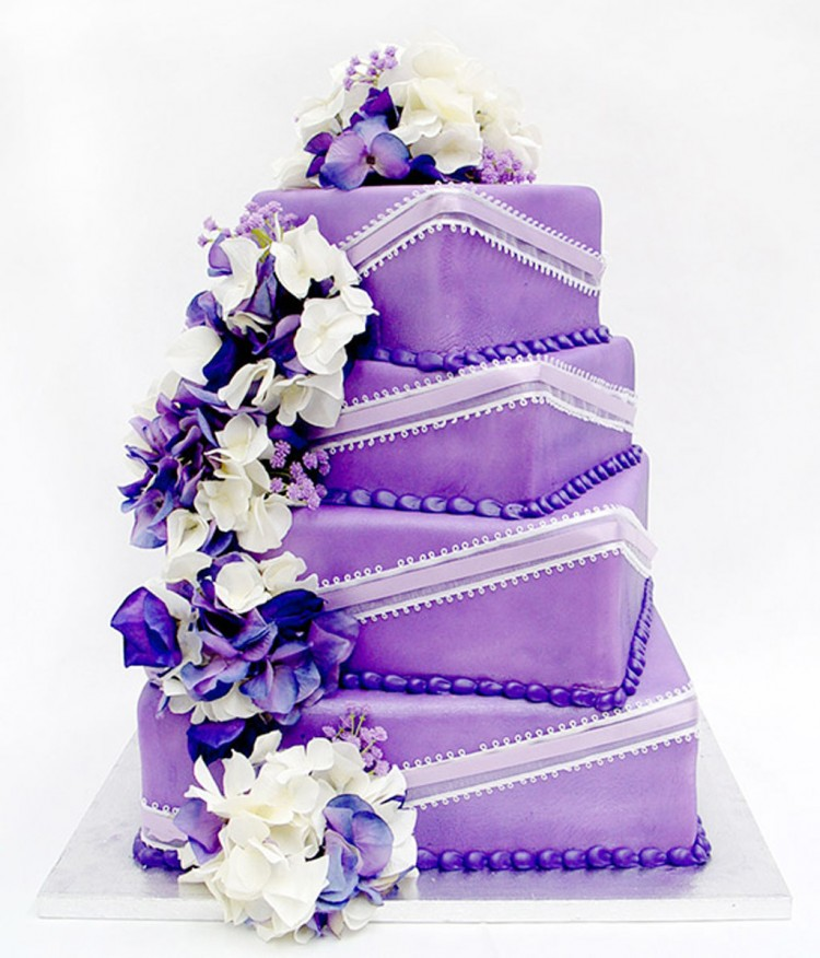 Canton Wedding Cake Design Idea Picture in Wedding Cake