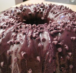 1024x768px Chocolate Chip Sour Cream Bundt Cake Picture in Wedding Cake