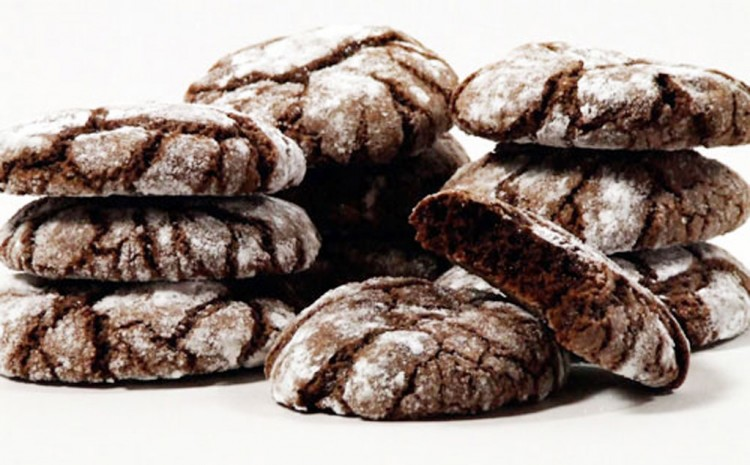 Chocolate Crinkles Picture in Chocolate Cake