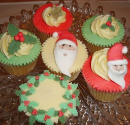 1024x768px Christmas Cupcake Wedding Cakes Picture in Wedding Cake