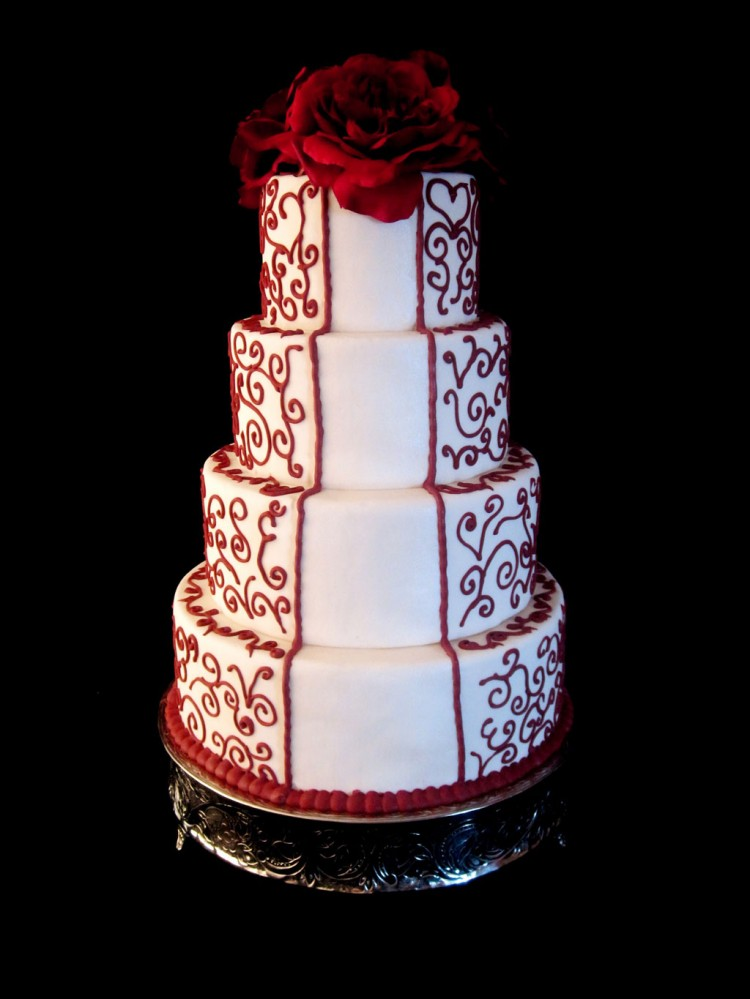 Christmas Wedding Cake Flavors Picture in Wedding Cake